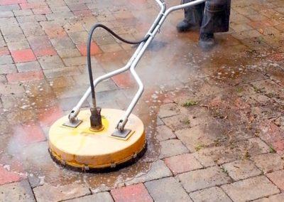 Čištění a mytí betonové dlažby 02